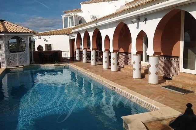 Thumbnail Villa for sale in Santa Barbara De Nexe, Faro, Portugal