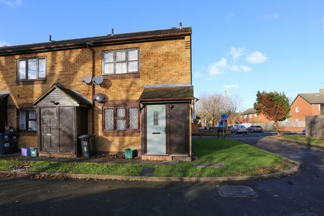 Picture No. 14 of Gloucester Court, Middlesex Road, Mitcham CR4