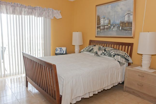Apartment for sale in 901 Harbour House Towers, Grand Bahama, The Bahamas