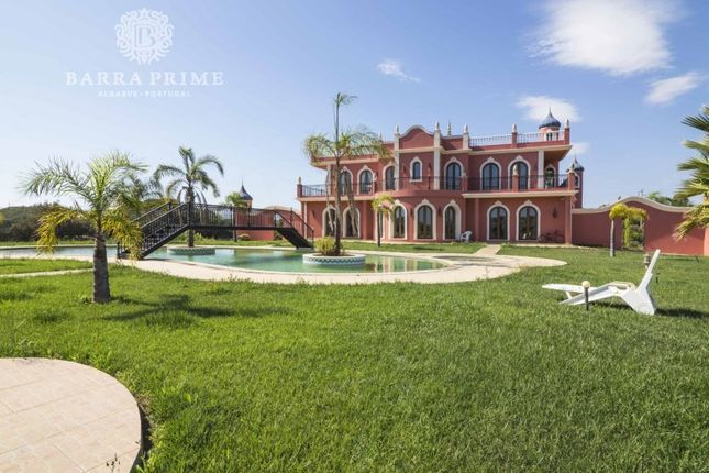 Thumbnail Villa for sale in Quarteira, Quarteira, Loulé
