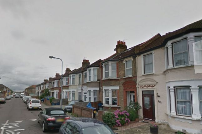 Thumbnail Terraced house to rent in Henley Road, Ilford