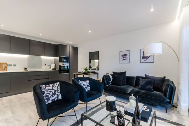 Thumbnail 1 bed flat for sale in High Street, Central Purley, Purley