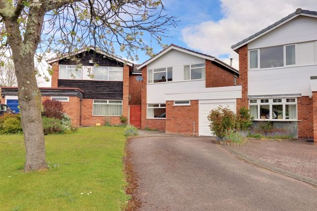 3 bed link-detached house for sale in Fern Croft, Lichfield WS13