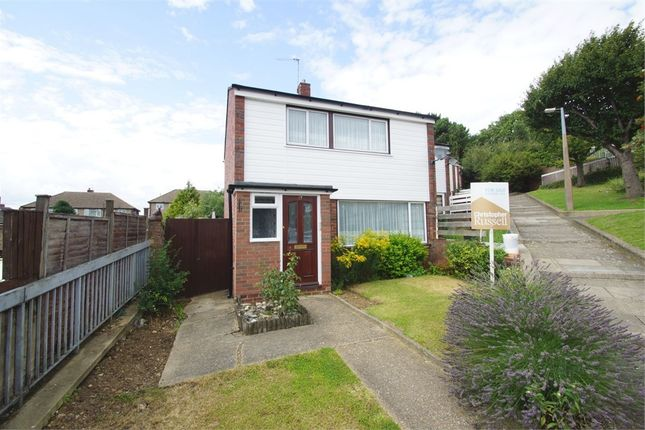 Thumbnail Link-detached house for sale in Pengarth Road, Bexley, Kent