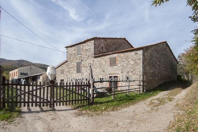 Farm for sale in Pieve Santo Stefano, Tuscany, Italy