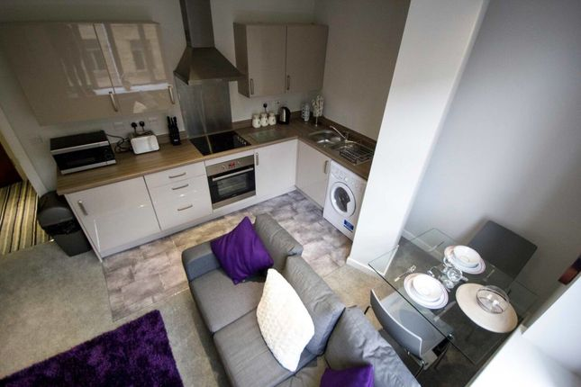 Thumbnail Flat to rent in Vincent Street, Bradford