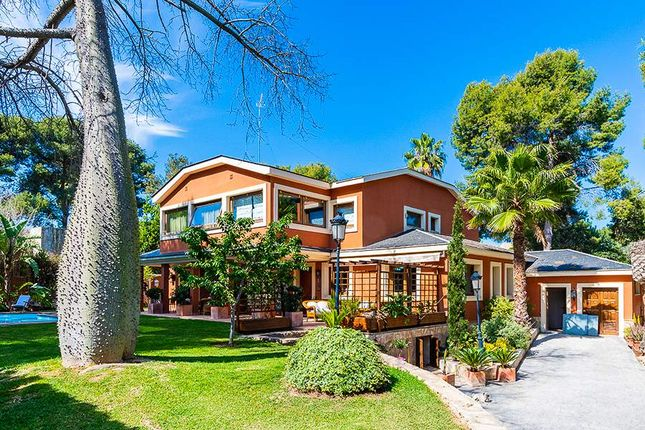 6 bed villa for sale in Santa Barbara, Valencia, Spain