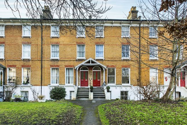 Thumbnail Flat to rent in Lee Road, London