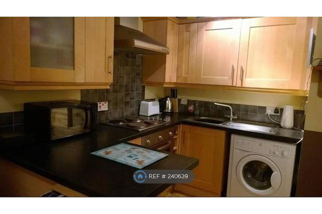 Thumbnail Flat to rent in Holmhead Place, Glasgow