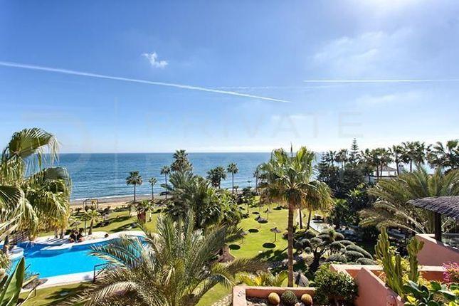 Thumbnail Apartment for sale in Marbella, Málaga, Spain