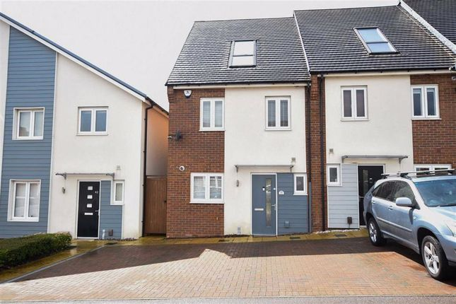 3 bed town house for sale in Chester Road, Wellingborough NN8