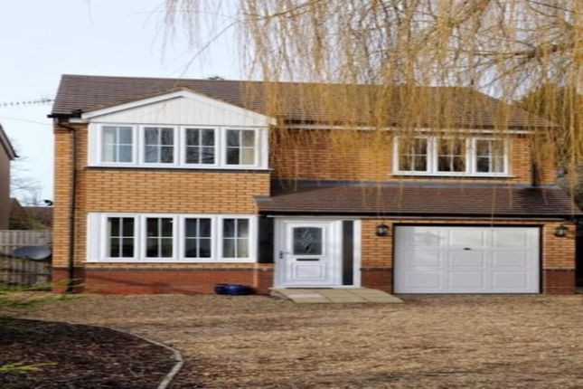 4 bed detached house to rent in Droitwich Road, Hanbury, Bromsgrove B60