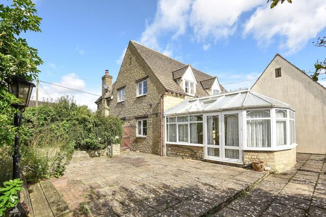 Thumbnail Detached house to rent in Aston Road, Witney
