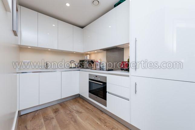 Fitted Kitchen of Major Draper Street, London SE18