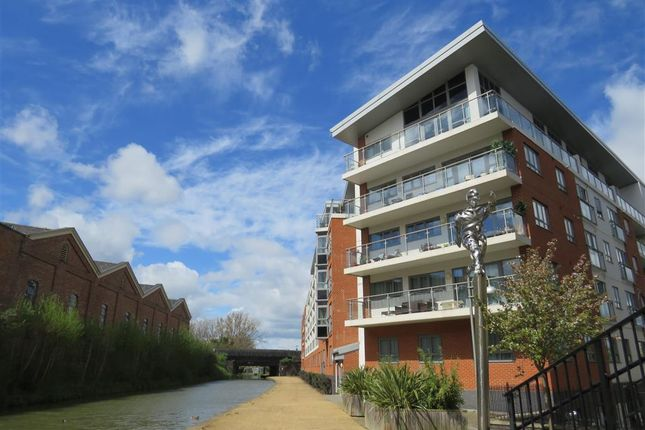 Thumbnail Flat to rent in Lonsdale, Wolverton, Milton Keynes