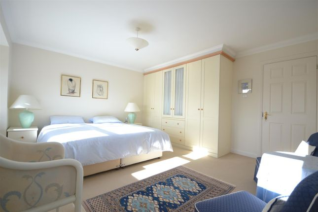 Bedroom One of Heathside Place, Epsom KT18