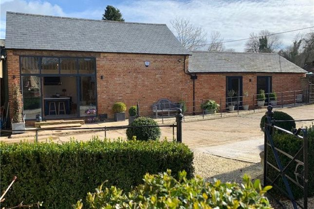 Thumbnail Barn conversion for sale in Wards Lane, Yelvertoft, Northamptonshire