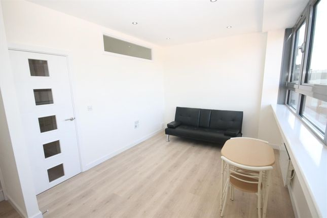 Flat to rent in Rose Lane, Norwich