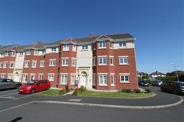 Thumbnail Flat to rent in Lowry Gardens, Carlisle, Cumbria