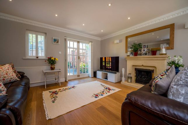 Thumbnail Detached house to rent in Manor Mews, Old Woking, Woking