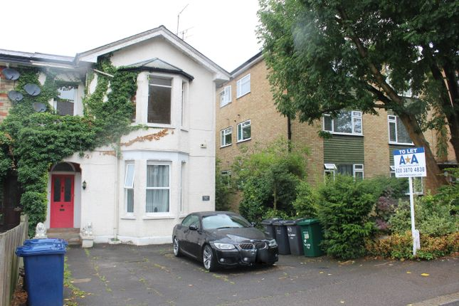 2 bed flat to rent in Sommerset Road, Barnet