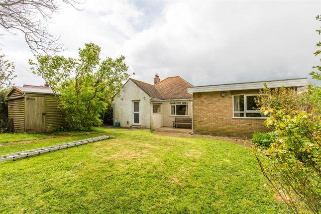 Thumbnail Detached bungalow for sale in Maesmaur Road, Tatsfield, Westerham