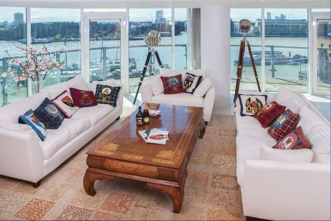 3 bed flat for sale in Wapping High Street, London