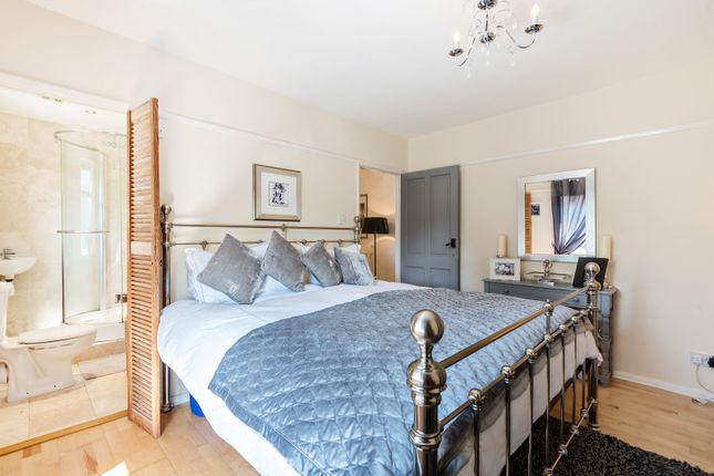 Master Bedroom of Kennylands Road, Sonning Common RG4