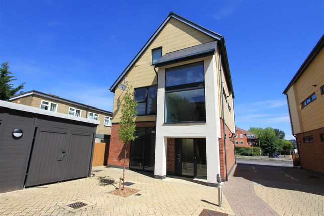 External of Kingswood Place, Hayes UB4