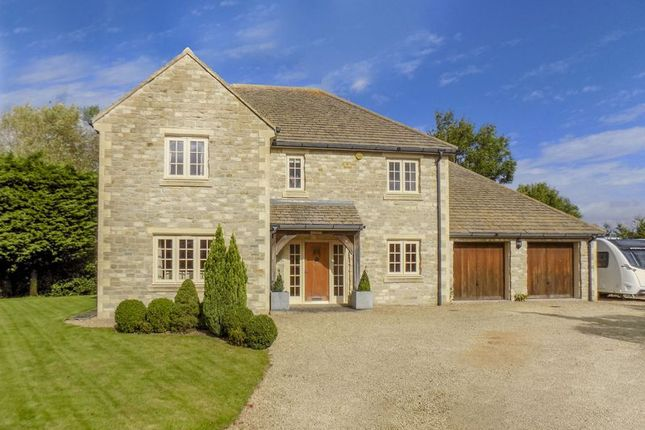 4 bed detached house for sale in Locks Lane, The Common, Purton, Swindon