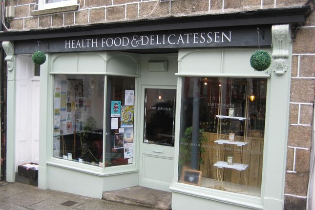 Restaurant/cafe for sale in St Thomas Street, Penryn