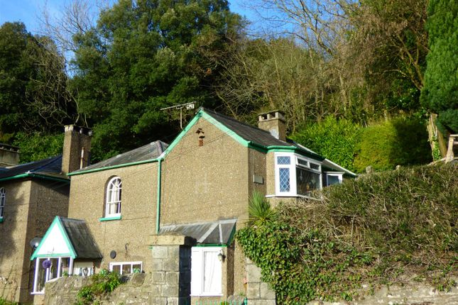 Thumbnail Cottage for sale in Pen Moel Cottage, Woodcroft, Chepstow