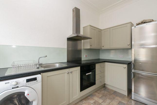 Flat 3 Kitchen 1 of Oakwood Avenue, Leeds LS8