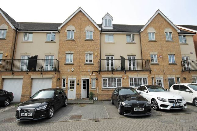 Thumbnail Property to rent in Genas Close, Barkingside, Ilford