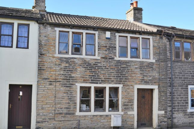 Thumbnail Terraced house for sale in Towngate, Newsome, Huddersfield