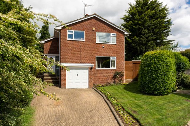Thumbnail Detached house for sale in Ragmans Close, Marlow