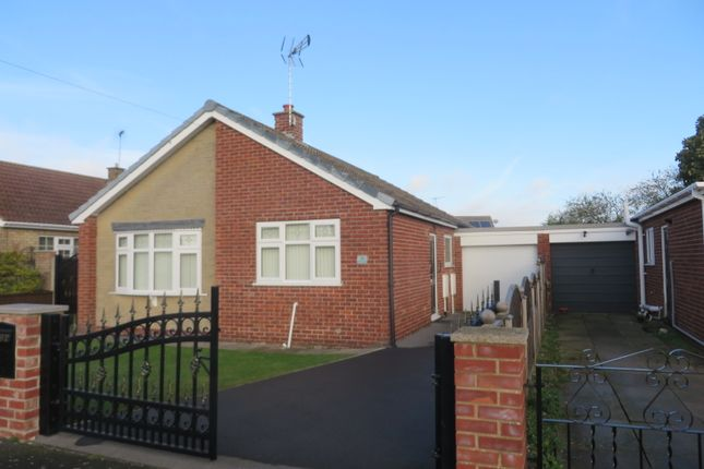 2 bed detached bungalow to rent in Mill Crescent, Scotter DN21