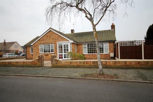 Thumbnail Bungalow for sale in Chelmsford Road, Holland-On-Sea, Clacton-On-Sea