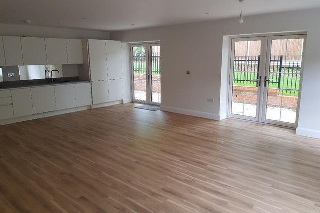 Thumbnail Flat for sale in Apartment 1, Box Lane, Hemel Hempstead