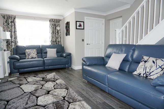 Lounge of Basil Grove, Westwood, East Kilbride G75