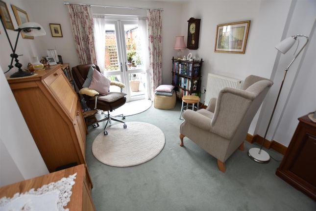 Living Room of Pelham Crescent, The Park, Nottingham NG7