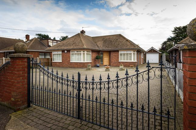 Thumbnail Detached bungalow for sale in Bussey's Loke, Bradwell