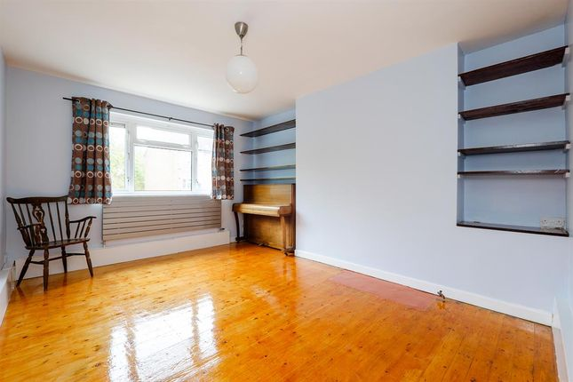 Flat in  Westfields Avenue  London S Putney