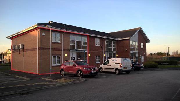 Thumbnail Commercial property to let in Unit 3, Rossmore Business Village, Ellesmere Port, Cheshire