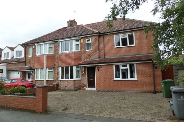 Thumbnail Shared accommodation to rent in Burnholme Grove, York