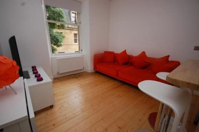 Thumbnail Flat to rent in Buccleuch Terrace, Edinburgh