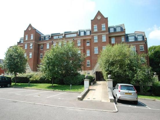Thumbnail Flat to rent in Kipling Close, Brentwood