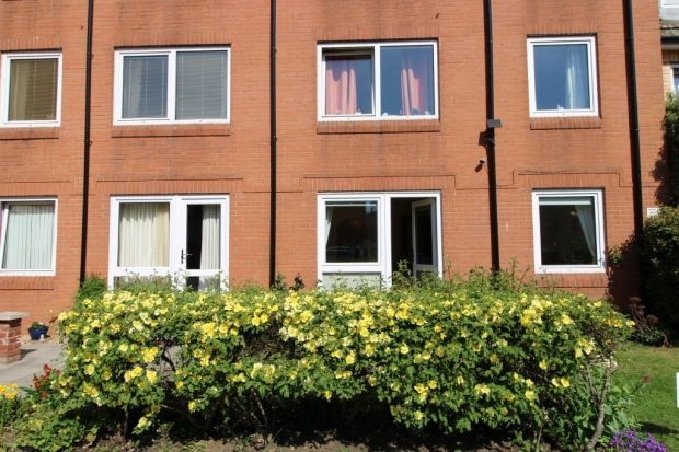 Thumbnail Flat to rent in Chandos Street, Bridgwater
