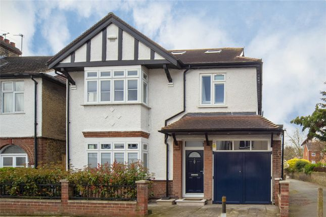 Homes for sale in topiary square stanmore road kew - Richmond old deer park swimming pool ...