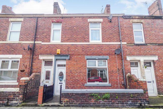Thumbnail Flat to rent in Wansbeck Road, Jarrow